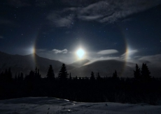Ложные луны над Аляской.