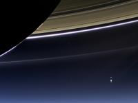 Космическими аппаратами NASA была запечатлена Земля с орбиты Сатурна