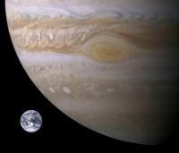 Ученые раскрыли тайну большого красного пятна на Юпитере.