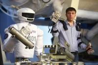 Для работы на МКС России представила андроид