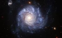 Черные дыры испускают больше энергии, чем считалось ранее