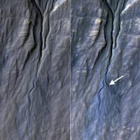 Орбитальный зонд обнаружил возникновение нового оврага на Марсе