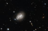 НАСА опубликовало снимки столкновения галактик