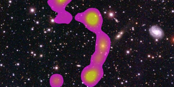 Кластер RGZ-CL J0823.2+0333