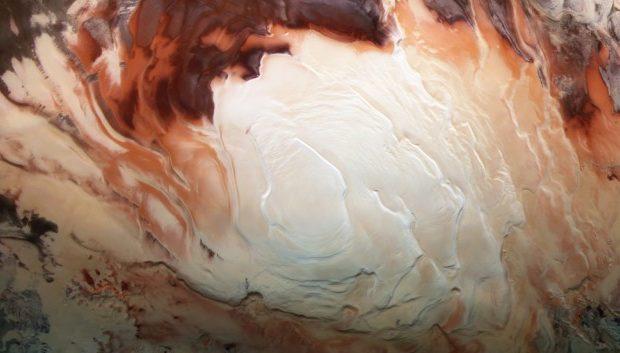 NASA: Марсианские полярные шапки растаяли в результате глобального потепления на Земле