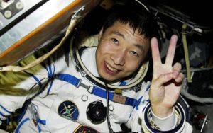 kitajskij-astronavt