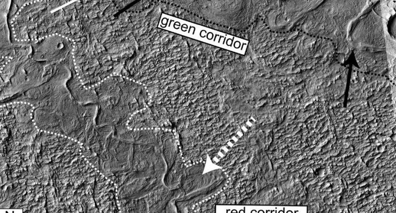 Ученые получили дополнительные доказательства наличия рек на древнем Марсе