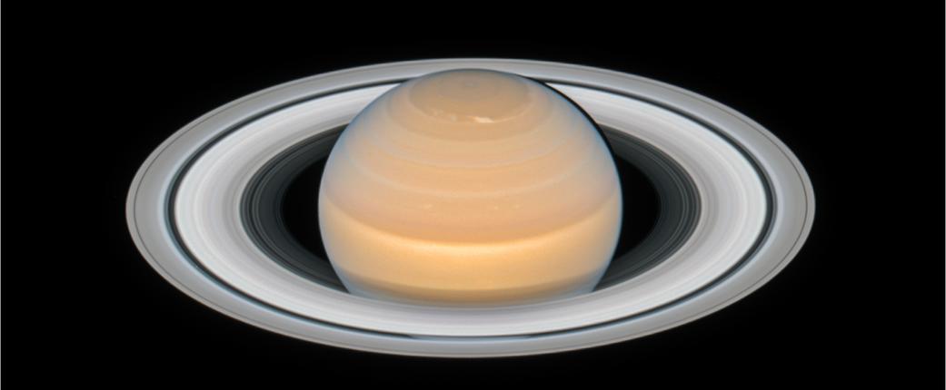 «Хаббл» сфотографировал Сатурн в период его максимального сближения с Землей