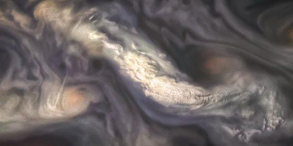 НАСА показало невероятно живописные фотографии атмосферы Юпитера