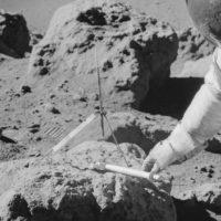 Лунная пыль: полезный материал или жуткий аллерген?