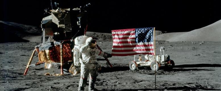 57% россиян не верят в правдивость высадки американцев на Луну