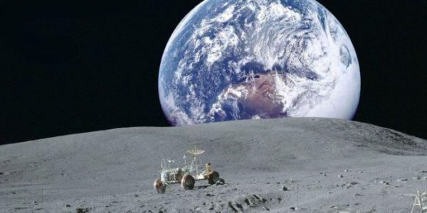 На Луне была обнаружена замёрзшая вода