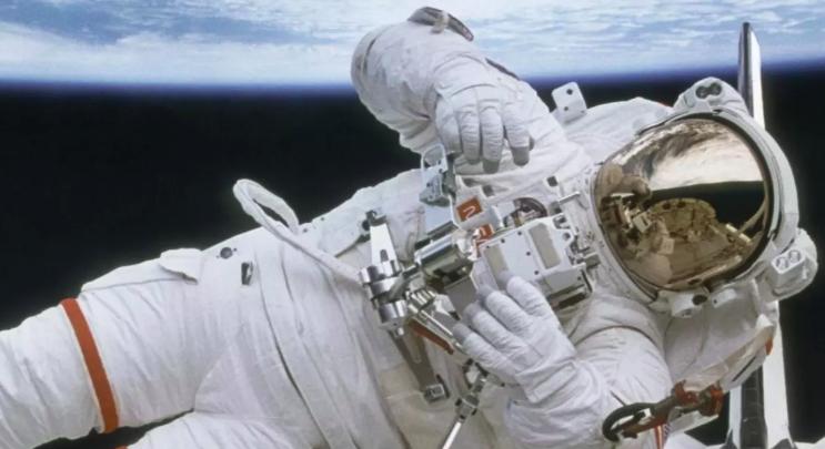 Что происходит, когда астронавт заболевает в космосе?