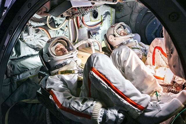 Авария при запуске пилотируемого «Союза» — члены экипажа живы