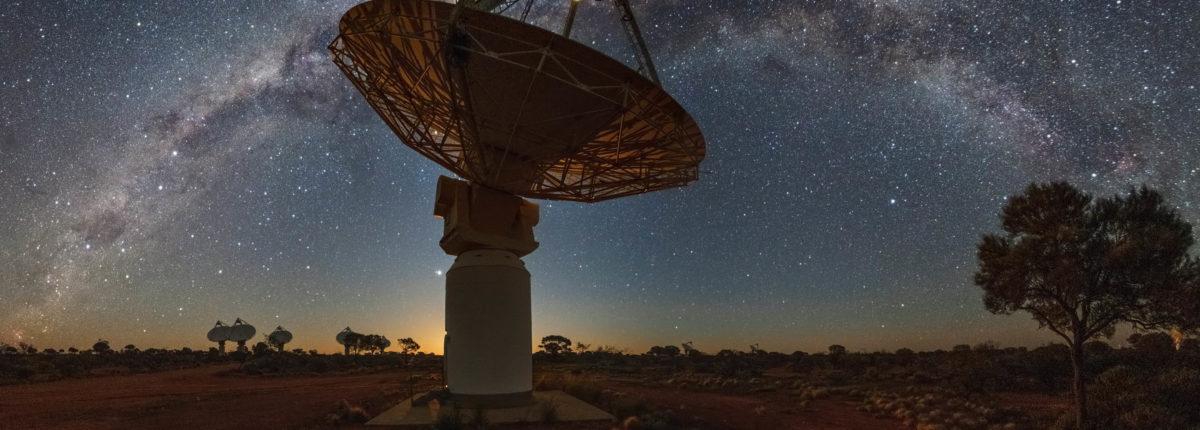 Астрономы в деталях запечатлели гибель близлежащей галактики