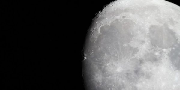 На Луну отправят капсулу времени с информацией, спрятанной в ДНК