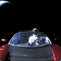 Tesla Roadster прошёл мимо Марса