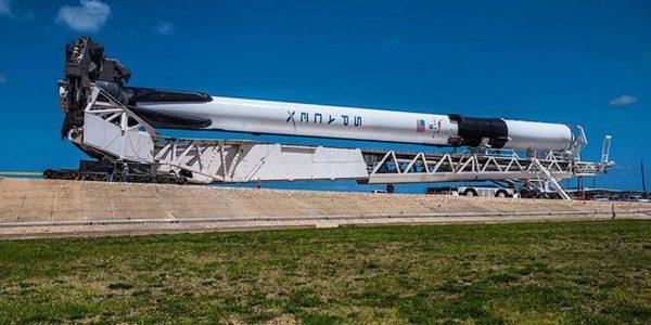 Запуск SpaceX отменен