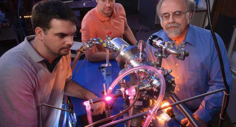 Учёные: жизнь на Землю занесли астероиды