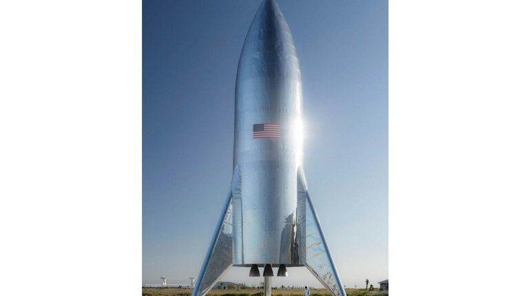 Илон Маск продемонстрировал прототип ракеты для полета людей на Марс