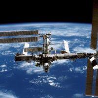 Европейский модуль был помят сотнями космических осколков