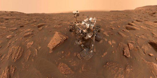 Кураторы проекта Opportunity празднуют 15 лет на Марсе