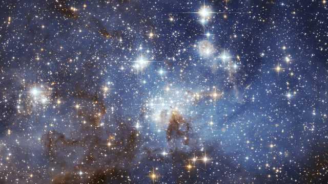 Hodge 6 это не одно, а как минимум два звездных скопления