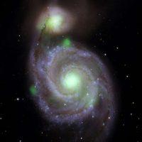 Очень яркая и невероятно тяжелая — новая звезда поразила астрономов