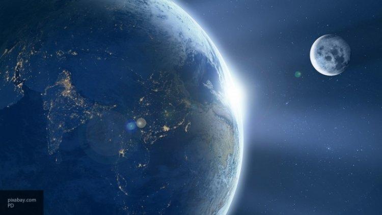 Земная атмосфера есть и на Луне