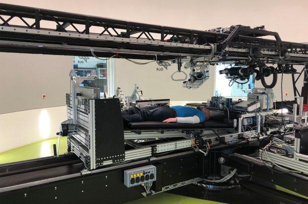 НАСА предлагает людям $ 19 000, чтобы они оставались в постели в течение двух месяцев
