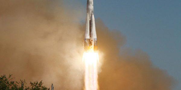 Роскосмос запустил спутники OneWeb