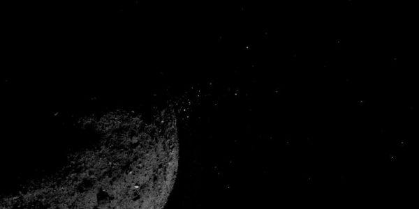 Космический корабль NASA заметил странные объекты, вылетающие из астероида Бенну