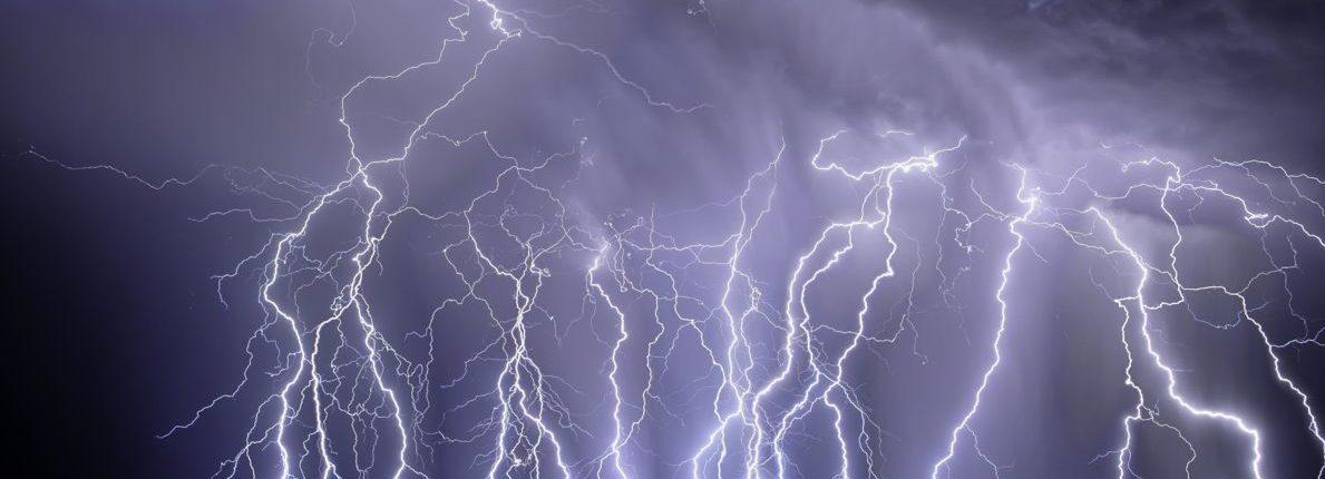 Молния часто бьет дважды, и теперь ученые знают почему
