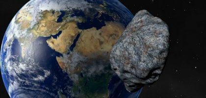 НАСА: 120-метровая космическая скала пролетит между Землей и Луной