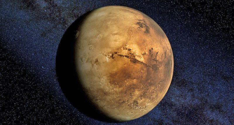 Гигантская дыра в атмосфере Марса выпускает всю оставшуюся воду в космос
