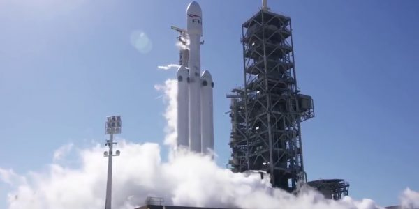 Falcon Heavy будет запущен 24 июня