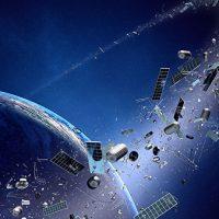 Стало известно, сколько космического мусора падает на Землю каждый день