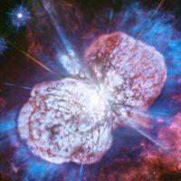 Хаббл показывает замедленный фейерверк в космосе