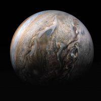 Зонд НАСА поделился новыми, великолепными фотографиями Юпитера