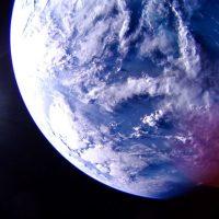 Спутник LightSail 2 только что подарил нам потрясающие фотографии Земли из космоса