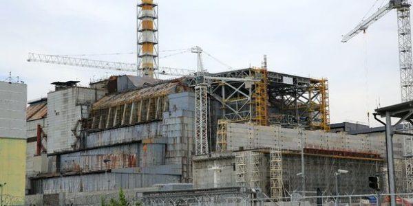 Чернобыльский «саркофаг» демонтируют, так как он находится на грани краха