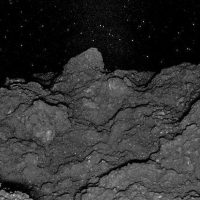 Потрясающие фотографии показывают что-то странно знакомое в скалах астероида Рюгу