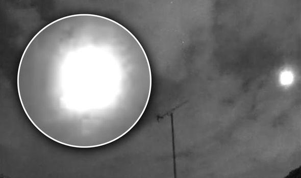 Невероятно яркий метеор напугал жителей Лондона