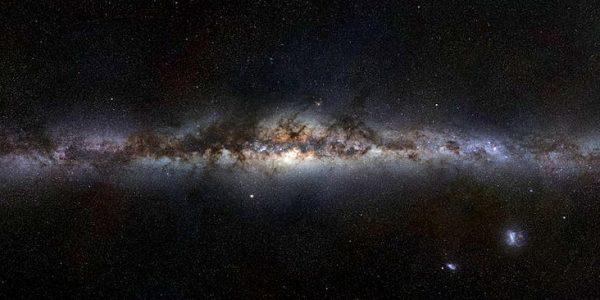 Земля, Солнечная система и Млечный путь набирают или теряют массу?