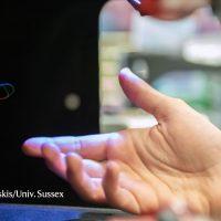 Ученые создают голограммы, которые вы можете видеть, слышать и чувствовать