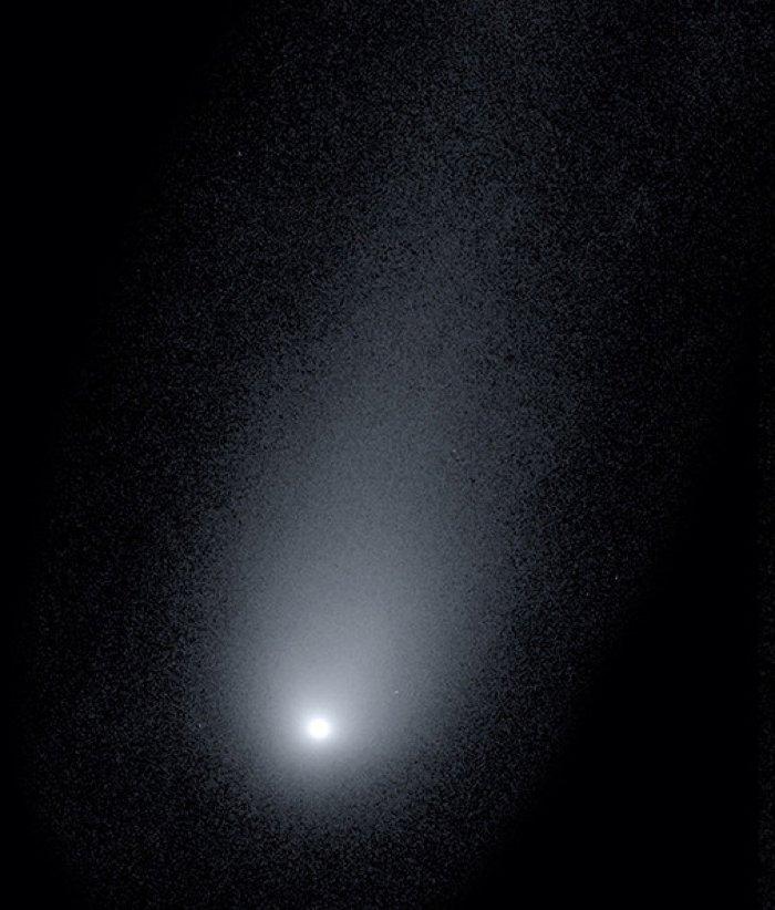 Астрономы раскрывают ошеломляющий образ межзвездной кометы, приближающейся к Земле