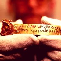 """Археологи обнаруживают сокровища """"Темного века"""": «Самая важная находка в истории англосаксов»"""