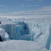 Дроны обнаружили трещину Гренландского ледяного покрова