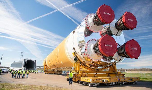 Миссия «Артемида 2024»: NASA готовит огромную ракету, чтобы доставить людей на Луну