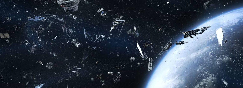 Два старых спутника могут столкнуться над США